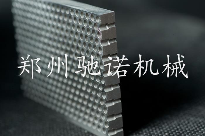 大孔1.6mm小孔1.2mm板厚6mm材质316不锈钢阶梯孔筛板